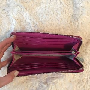 Bags - Michael Kors Wallet